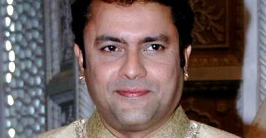 Resham Tipnis Husband,