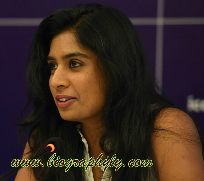 Mithali Raj Age, Wiki, Family, Photos, Images, Biography