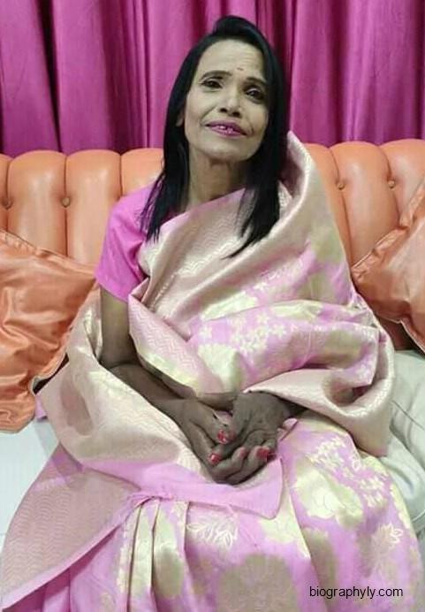 Ranu Mondal image and biography