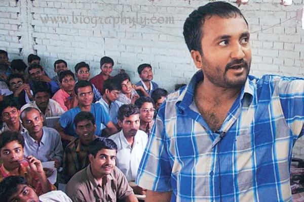 anand kumar biography super30